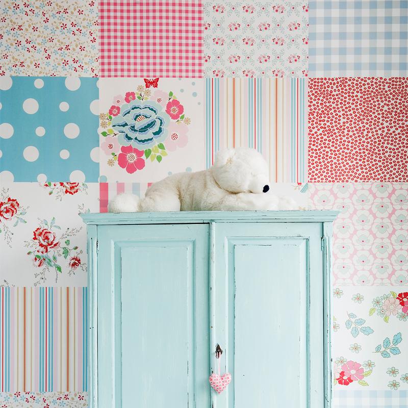 Voor de babykamer vrolijk behang van room seven for Behang kinderkamer