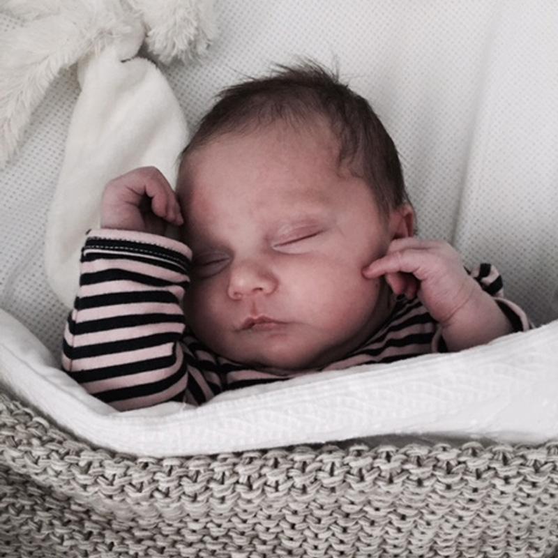 Dit is Giulia-Mae geboren op 28 januari, we zijn ongelooflijk trots 11