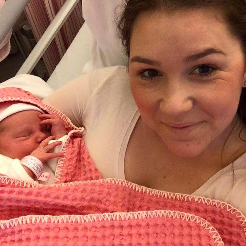 Dit is Giulia-Mae geboren op 28 januari, we zijn ongelooflijk trots 3