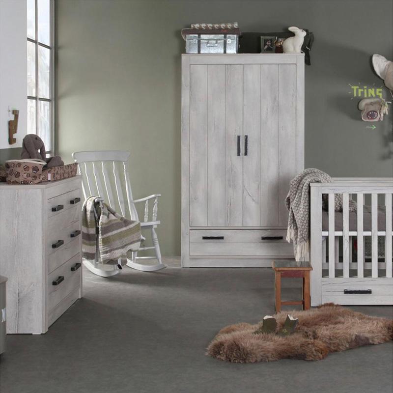 inspiratie: babykamer kidsmill sem nautic met ledikant, commode en, Deco ideeën