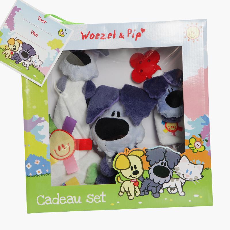 Win een Woezel en Pip cadeauset en de Groot worden met Woezel en Pip fotokaarten 2