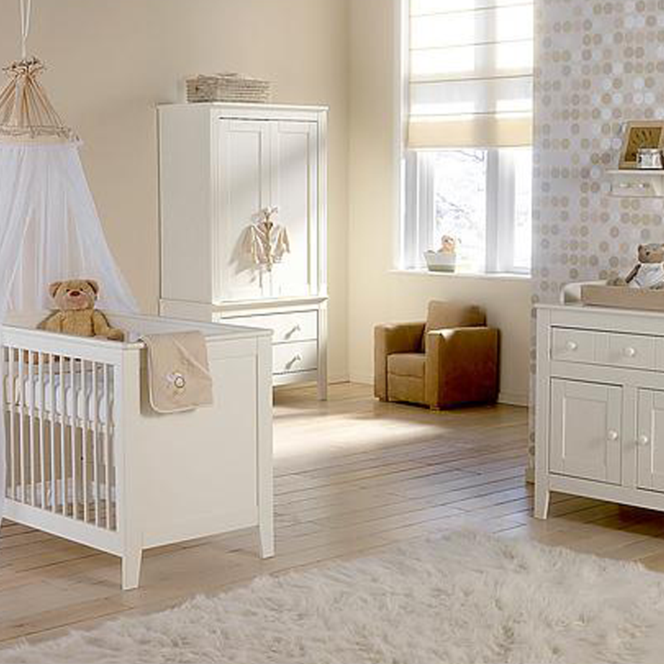 Inspiratie: babykamer europe baby montana met ledikant, commode en ...