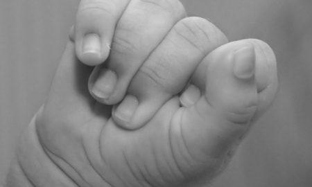 lief-klein-baby-handje