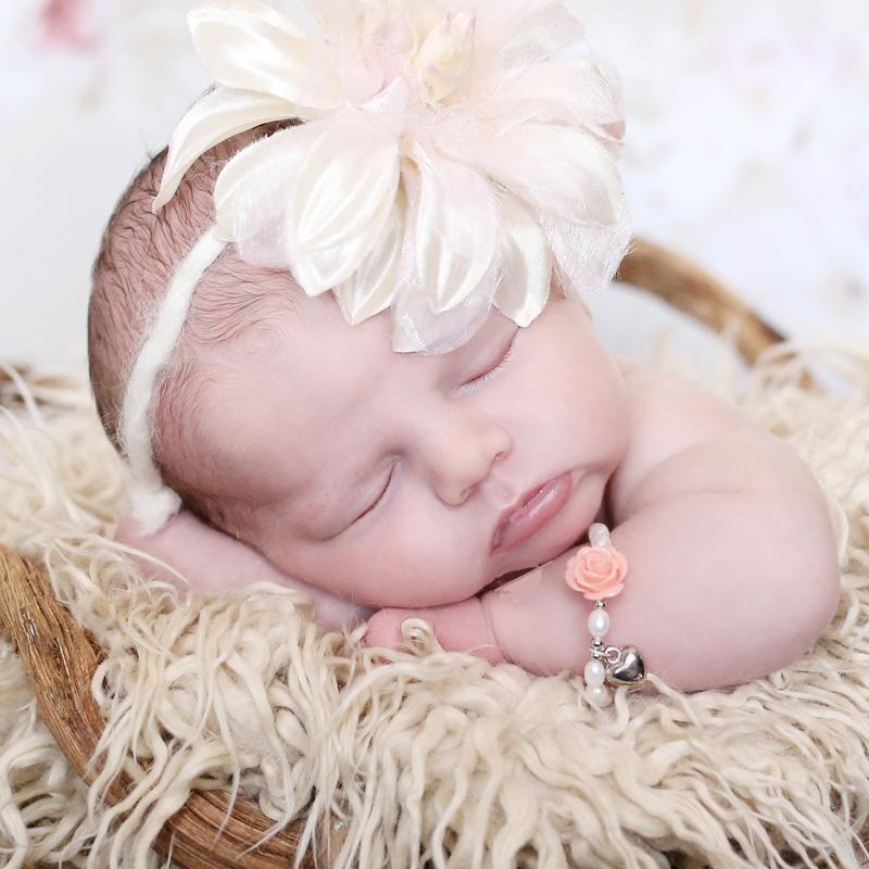 kaya-heeft-unieke-sieraden-van-lieve-babyarmbandjes-tot-moeder-en-baby-armbandjes-6