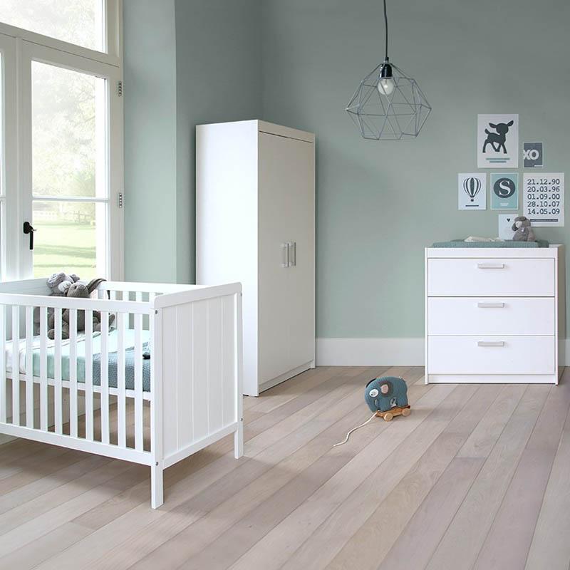 inspiratie: babykamer ralph wit met ledikant, commode en kast, Deco ideeën