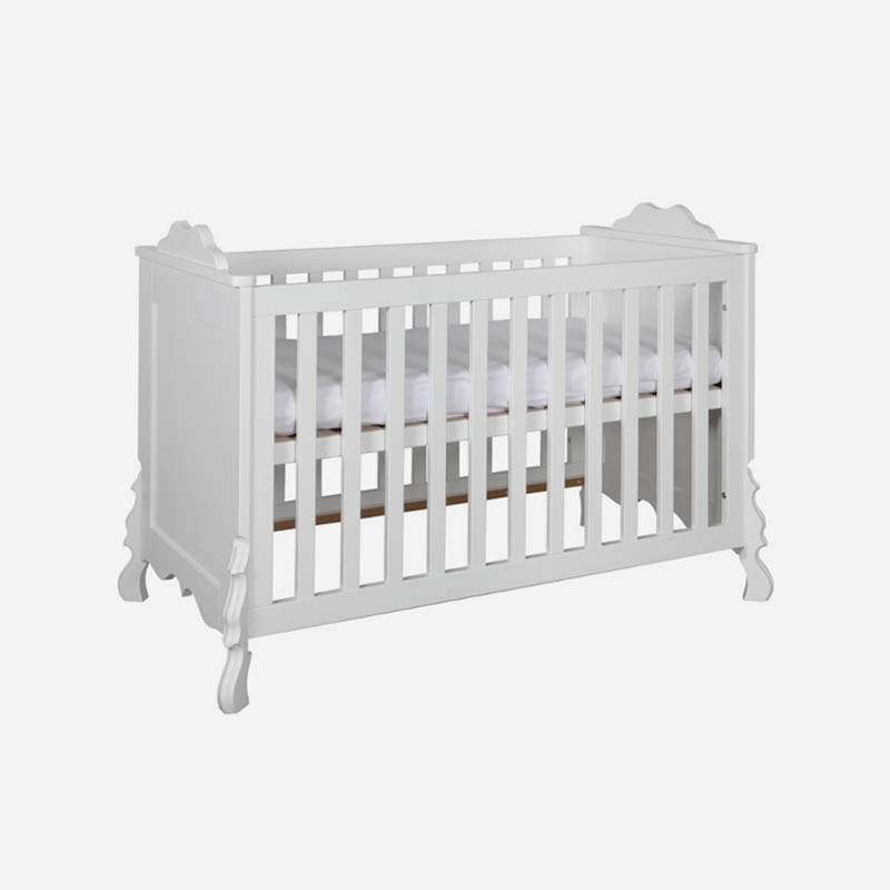 babykamer-mix-wit-met-ledikant-commode-en-kast-1