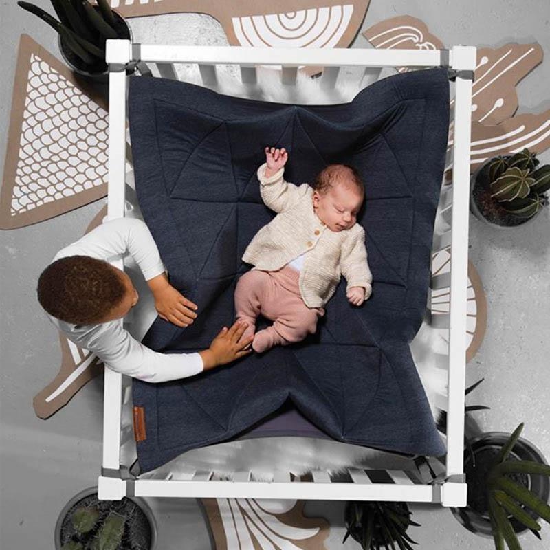 Een Hangloose babyhangmat