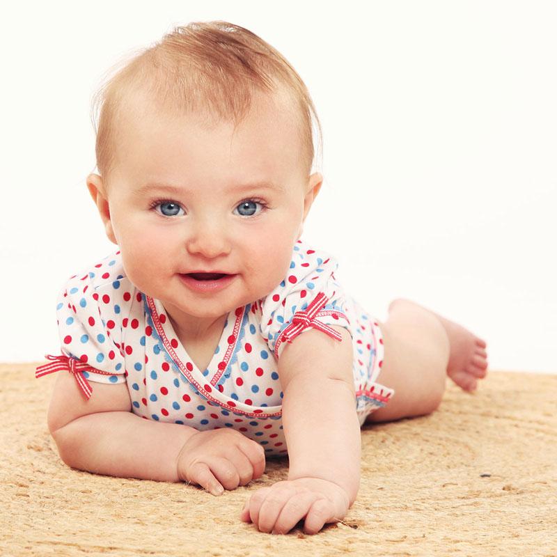 Claessens Kinderkleding.Baby En Kinderkleding Van Claesen S Vrolijk En Voorzien Van Leuke