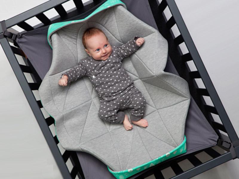 Hangmat In Box.Een Hangloose Babyhangmat Uniek En Super Relaxt Babystraatje Nl