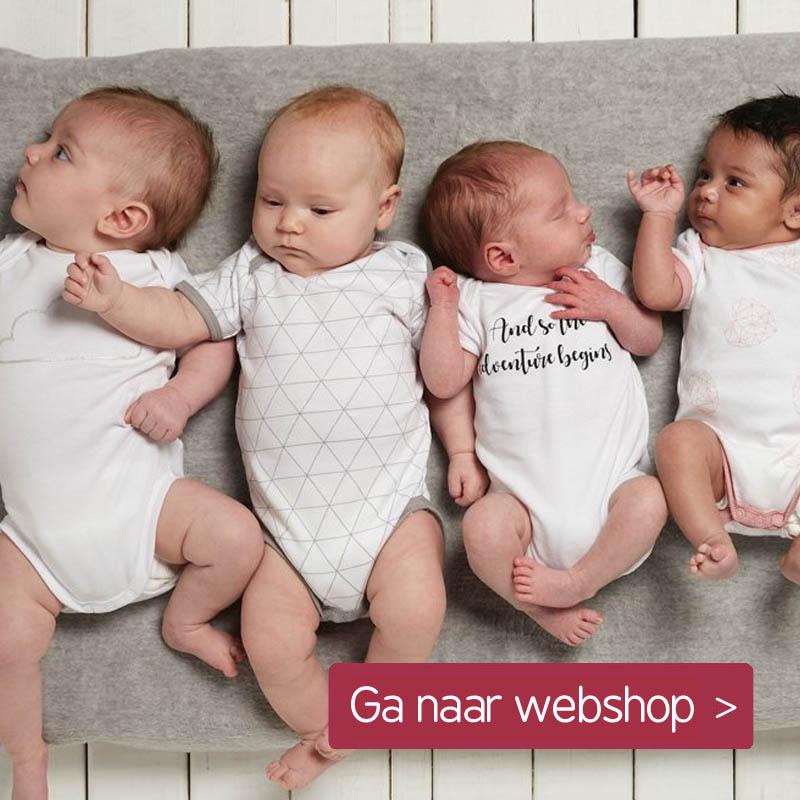 Meyco met baby rompers in zwart wit