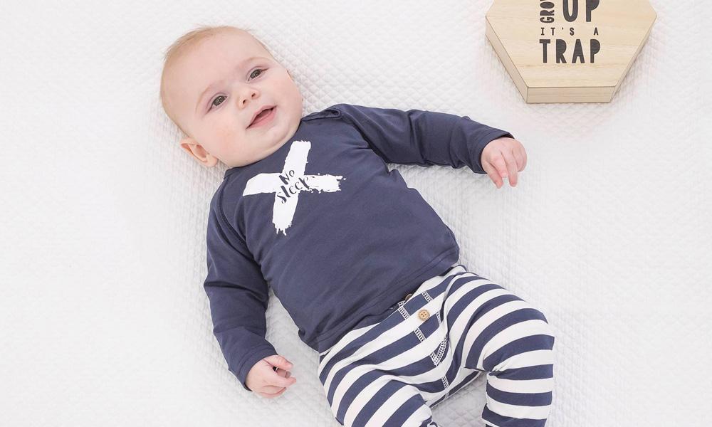 Stoere Babykleding Voor Meisjes.Schattige Stoere En Lieve Babykleertjes Van Bess Babystraatje Nl