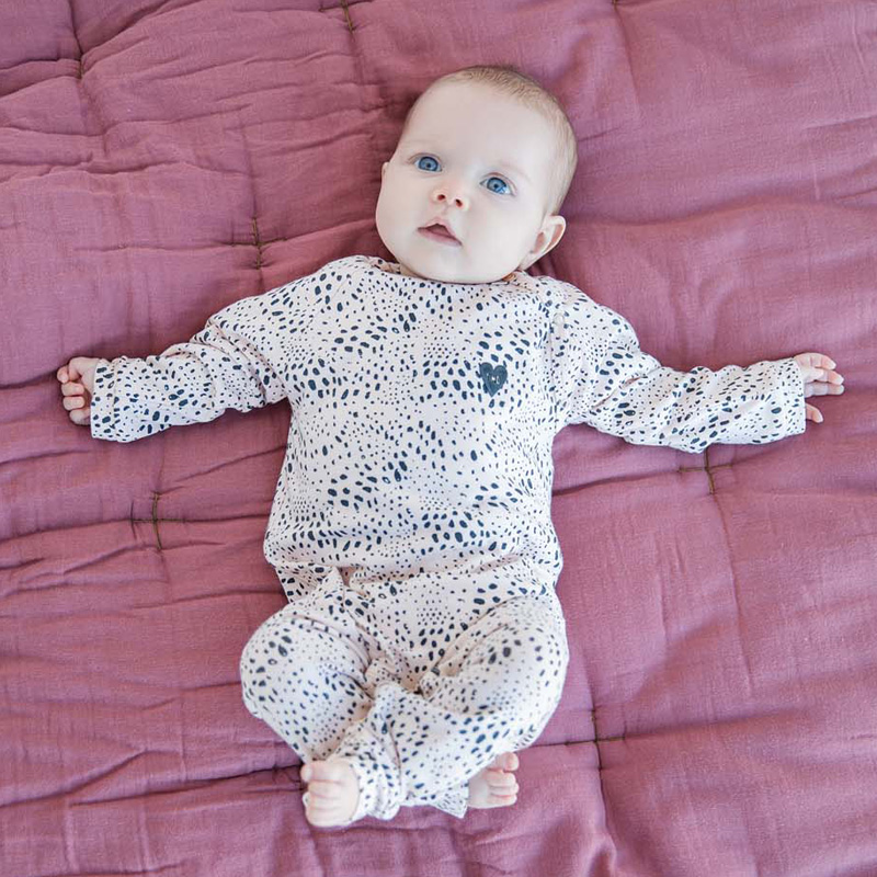 Tumble N Dry zero essentials baby collectie