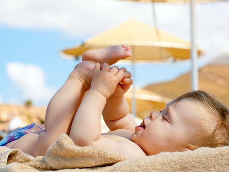 baby beschermen tegen de zon